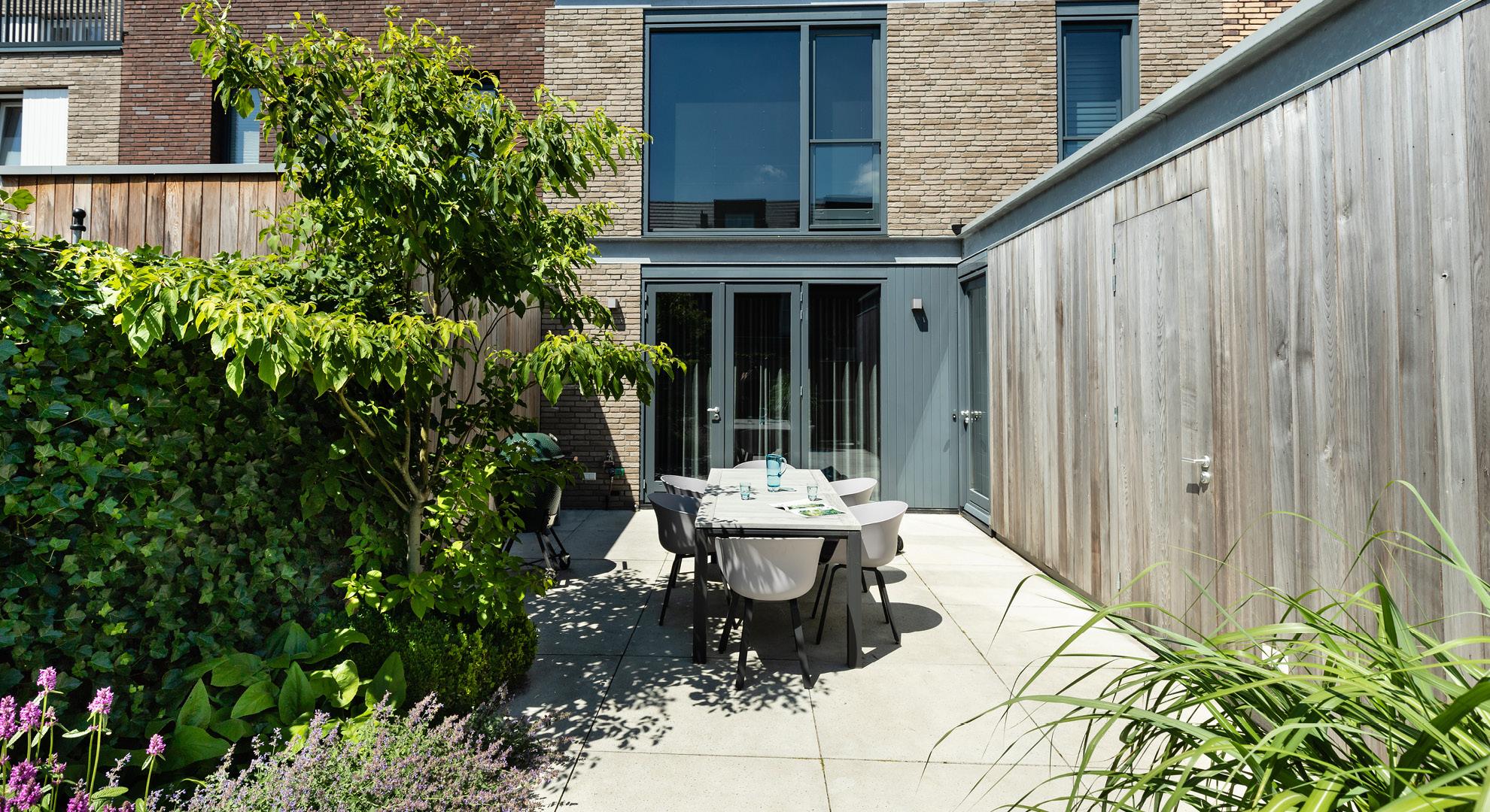 Compacte moderne tuin  - Foto 3