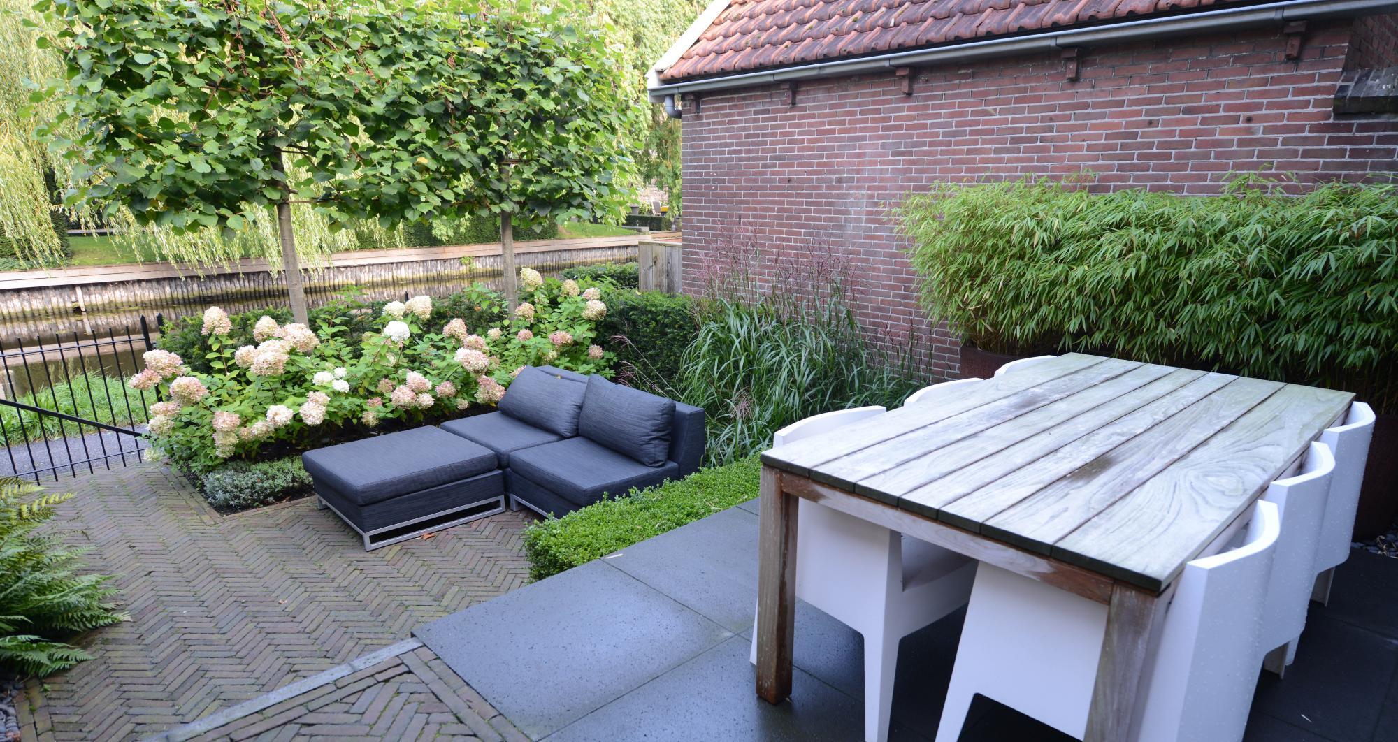 Kleine achtertuin aan de Oude Rijn - Foto 3