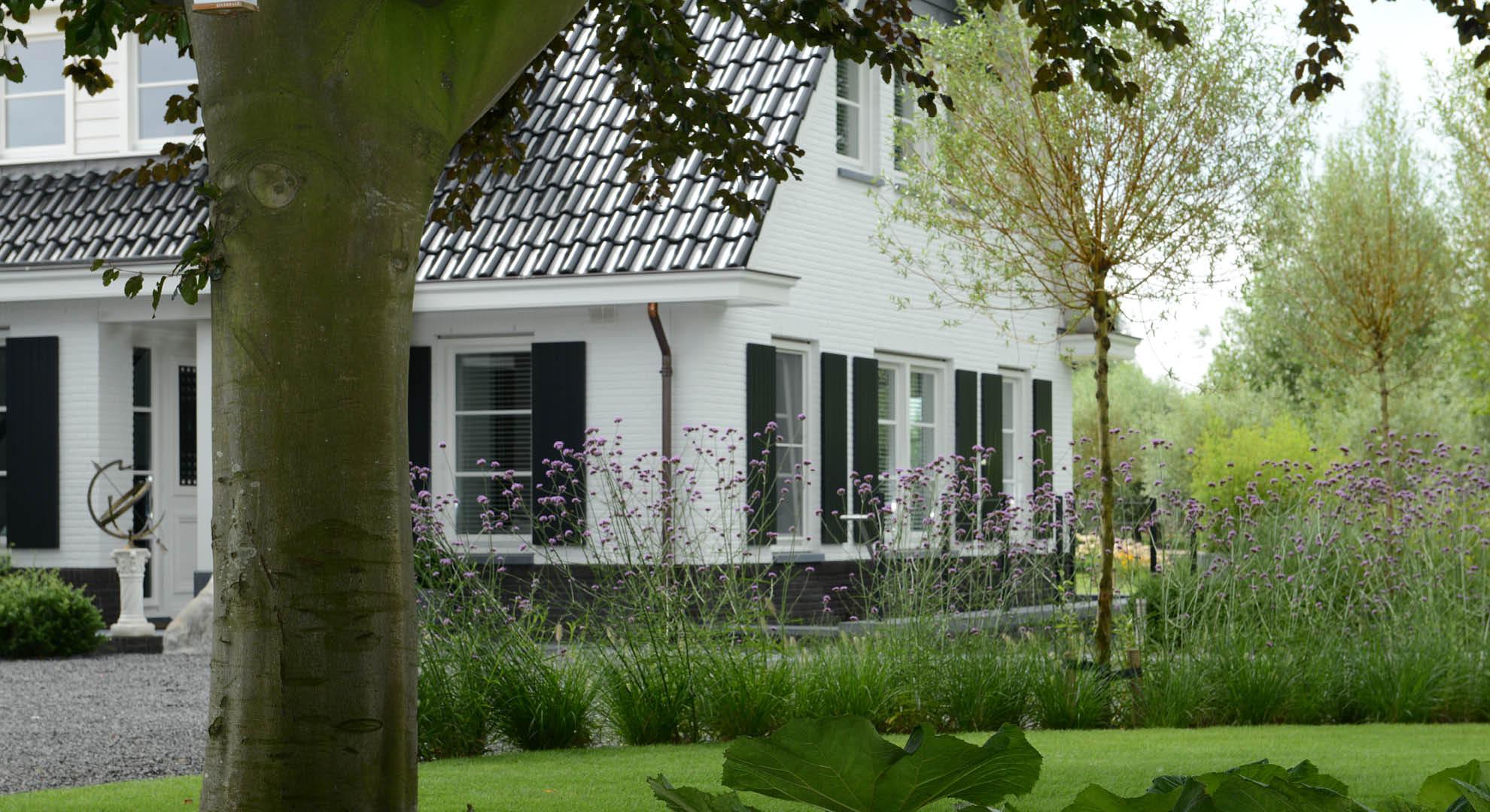 Landelijke tuin bij modern landhuis - Foto 2
