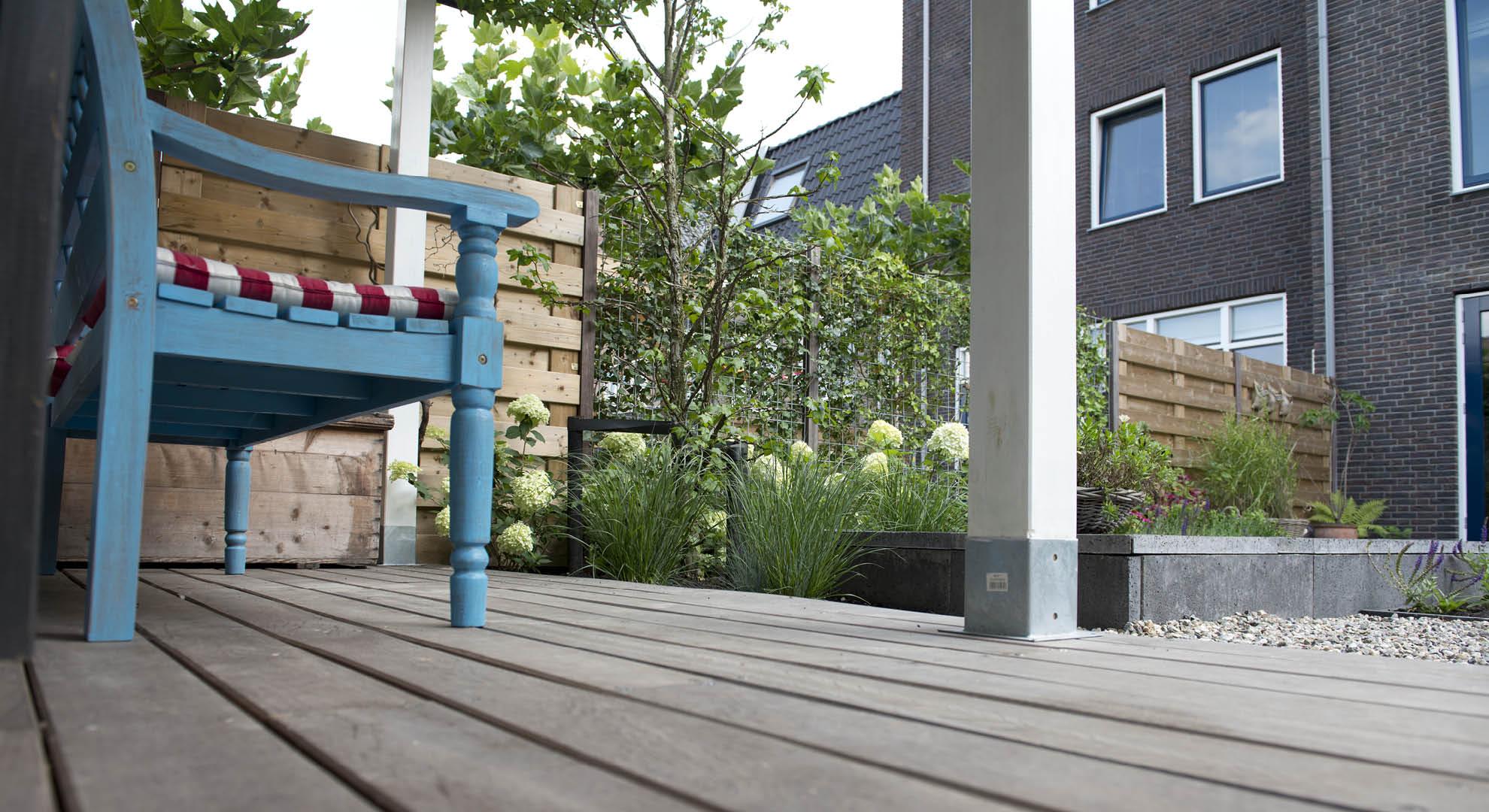Moderne achtertuin bij nieuwbouwwoning - Foto 6