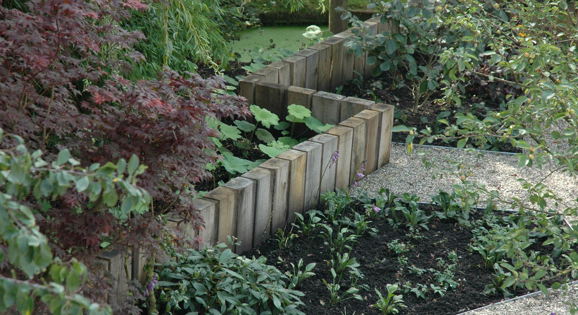 Natuurlijke achtertuin met waterornament - Foto 10